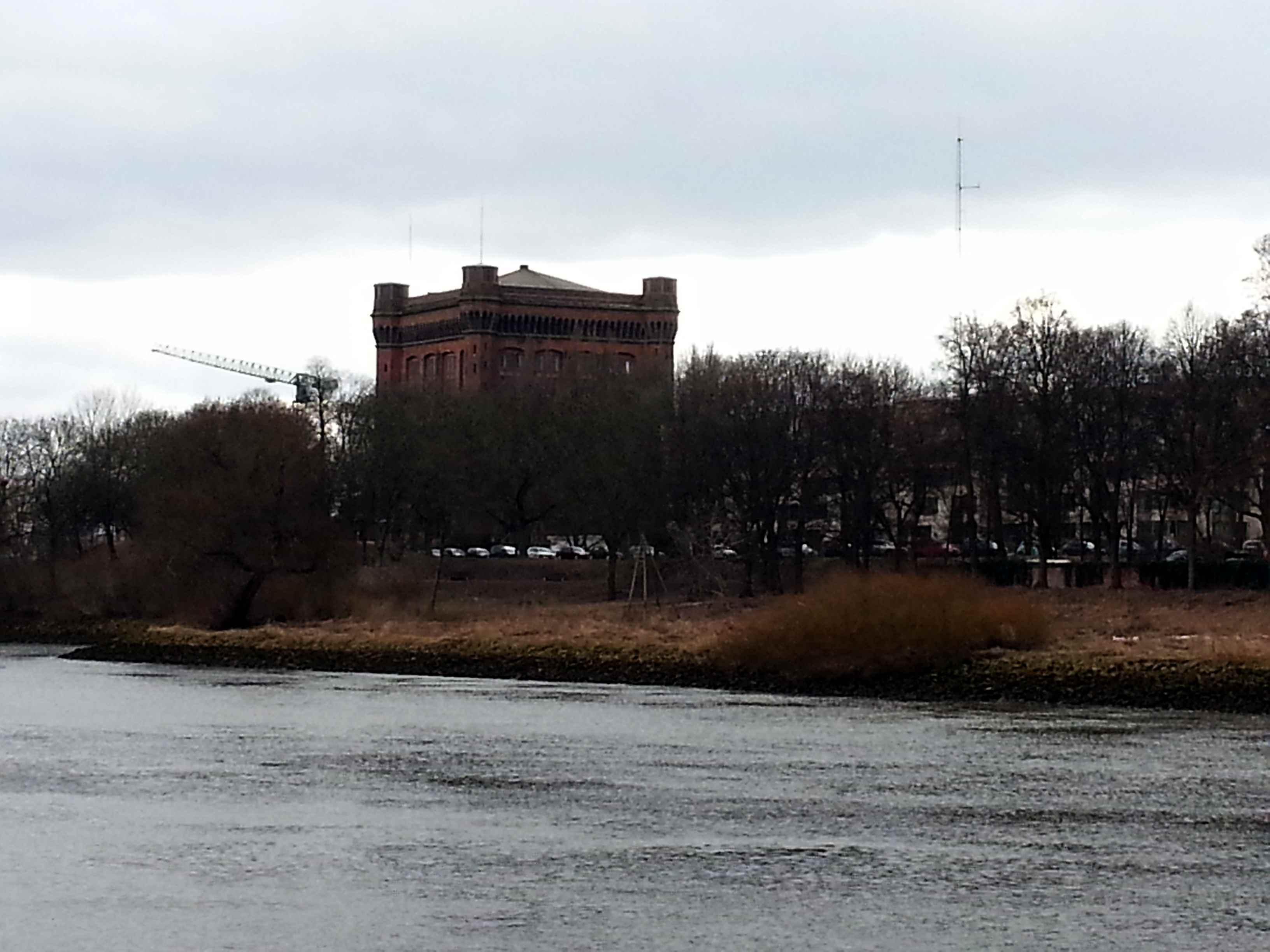 Ehemaliger Speicher an der Weser (c) Kanter