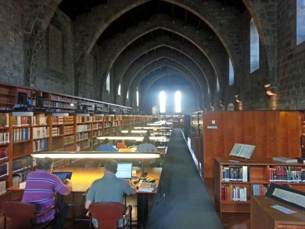 Lesesaal der katalanischen Nationalbibliothek in Barcelona (c) kanter